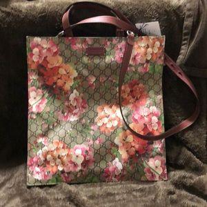 Gucci GG Supreme Blooms  Crossbody Purse Tote